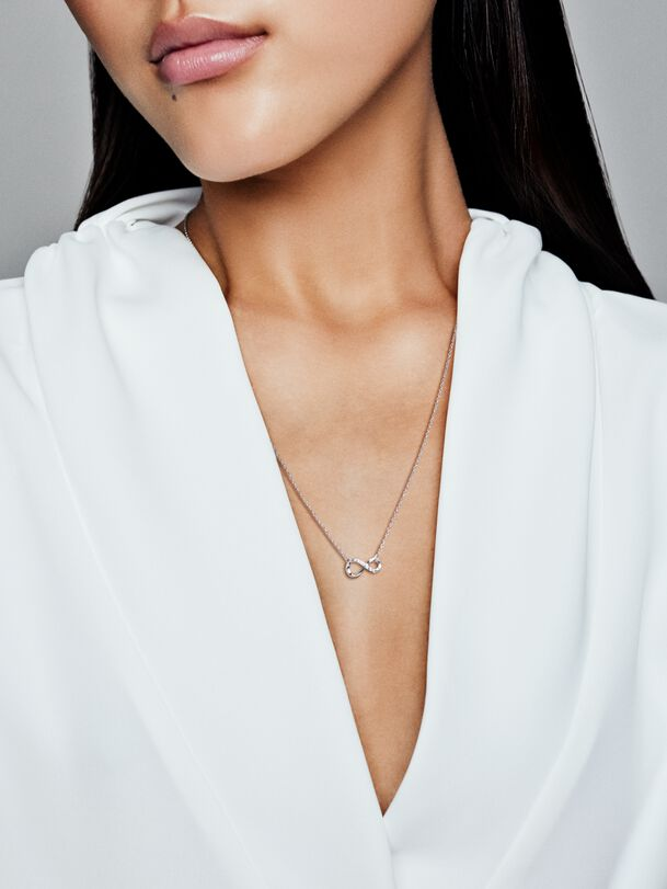 Sparkling Infinity Collier Necklace