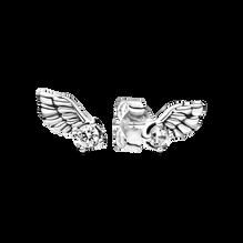 Sparkling Angel Wing スタッド ピアス