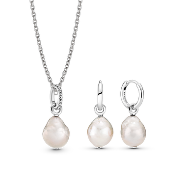 Freshwater Cultured Baroque Pearl Necklace and Earring Set