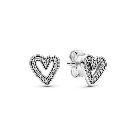Sparkling Freehand Heart Stud ピアス